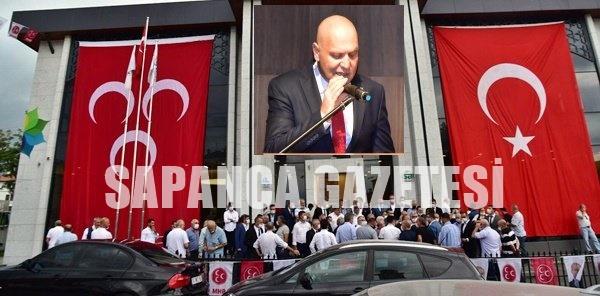 MHP'DE GÖKHAN ALEMDAR YENİDEN BAŞKAN SEÇİLDİ